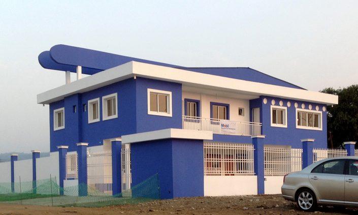 Construcciones Felipe Castellano - Centro de Salud Campo Yaunde