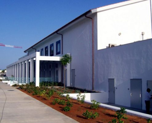 Construcciones Felipe Castellano - Edificio Multiusos